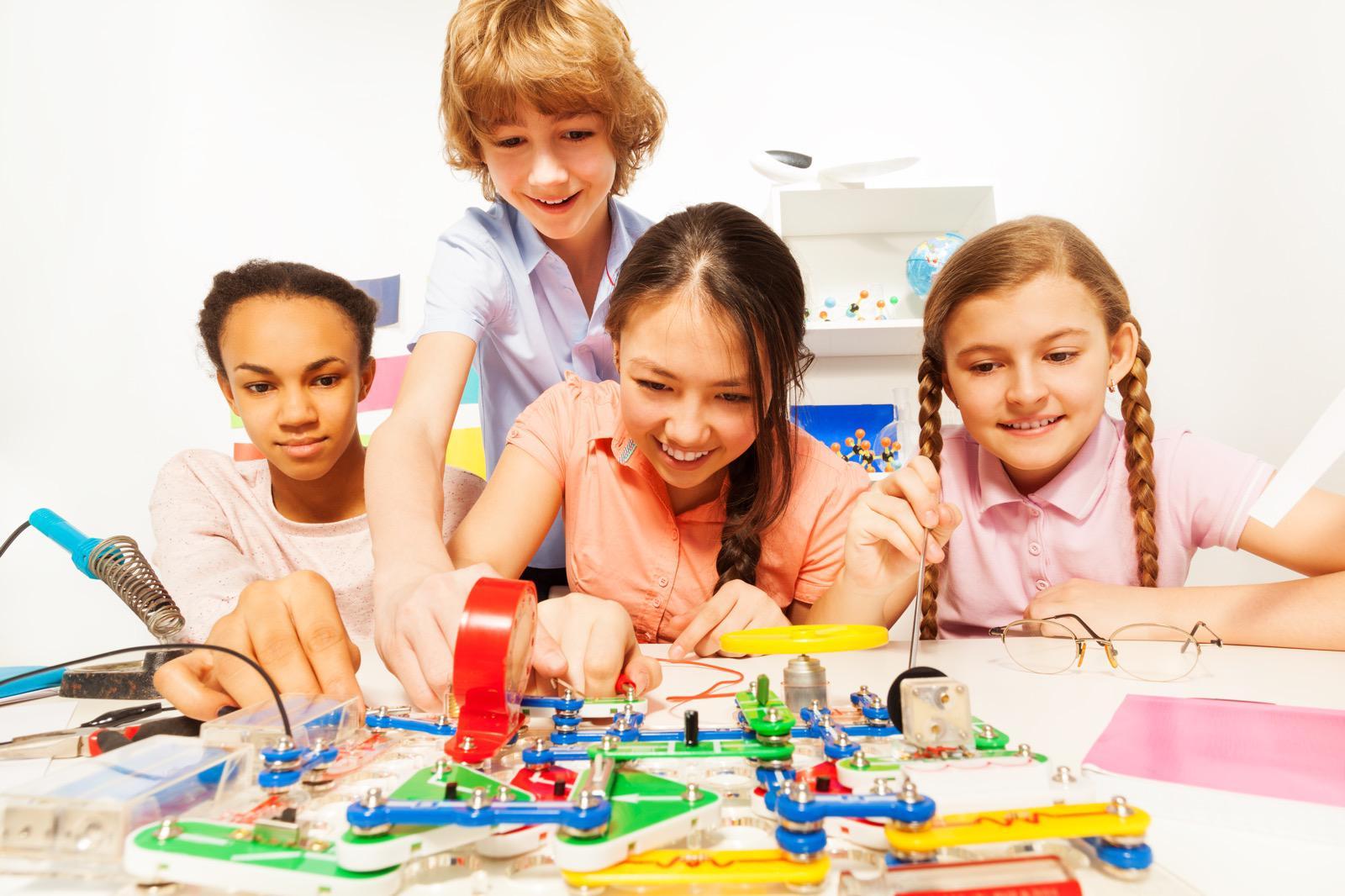 Science Cosmos Kids Lego Robotics Games Programming Classes
